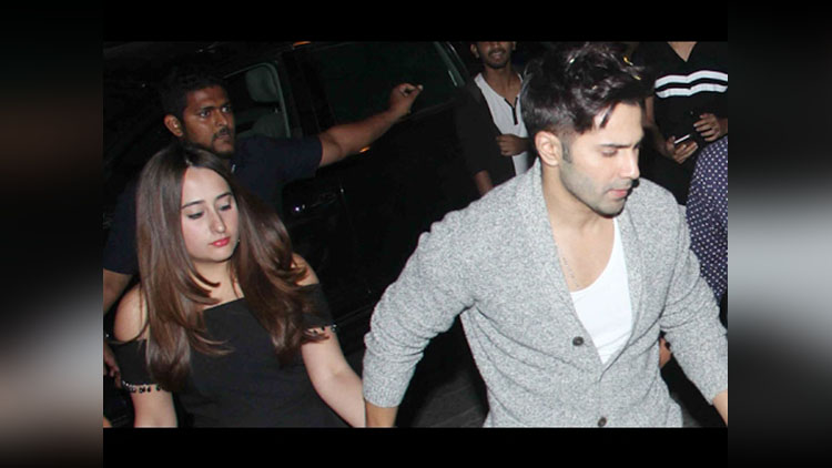 Varun Dhawan Poured Out His Feelings On Paparazzi- Viral Track